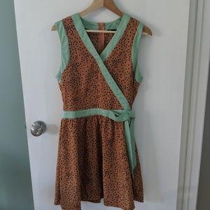 Dear Creatures Size M mint and peach dress